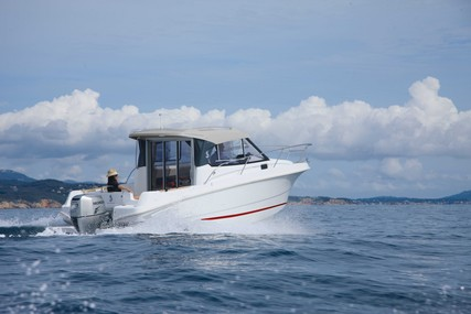 Beneteau Antares 7.80 for sale in France for €42,000 (£37,206)