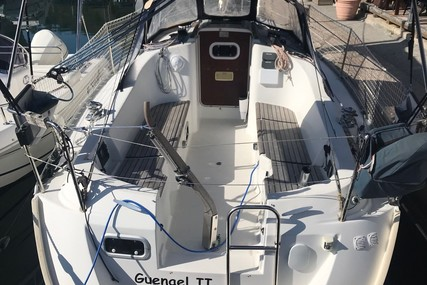 Beneteau Oceanis 281 for sale in France for €31,000 (£27,655)