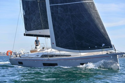 Beneteau Oceanis 461 for sale in France for €318,200 (£287,893)