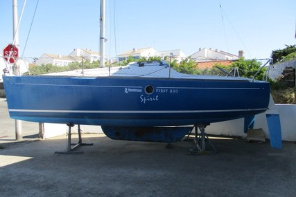 Beneteau First 210 Spirit for sale in France for €7,500 (£6,487)