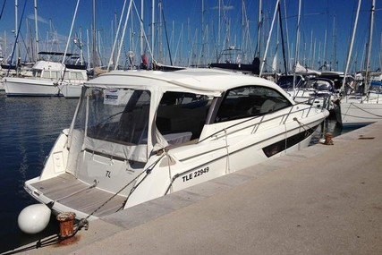 Jeanneau Leader 10 for sale in Spain for €114,000 (£102,429)