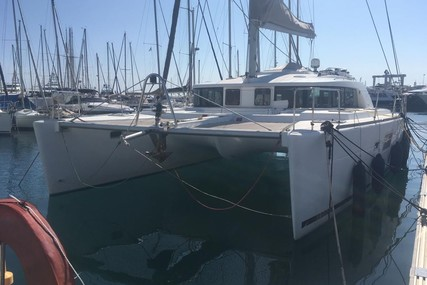 Lagoon 440 for sale in France for €329,000 (£295,930)