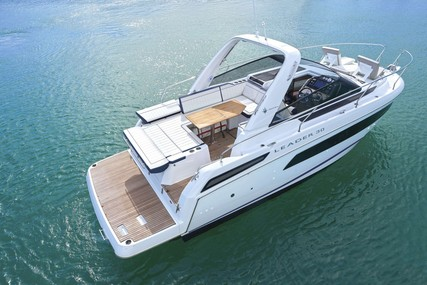 Jeanneau Leader 30 for sale in France for €185,000 (£166,404)