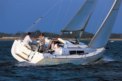 Jeanneau Sun Odyssey 33i for sale in Italy for €70,000 (£62,964)
