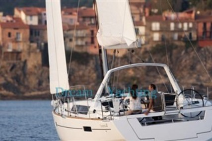 Beneteau Oceanis 41 for sale in Italy for €120,000 (£103,571)