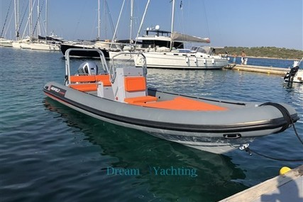 Highfield PATROL 760 PATROL for sale in Italy for €48,000 (£42,398)