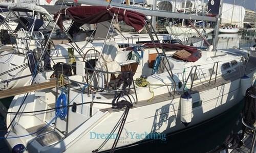 Image of Beneteau Oceanis 423 Clipper for sale in Italy for €65,000 (£56,220) Sardegna, Cala de' Medici (Li) / Cala dei Sardi (Olbia)- , Italy