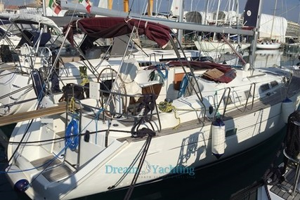 Beneteau Oceanis 423 for sale in Italy for €65,000 (£58,305)
