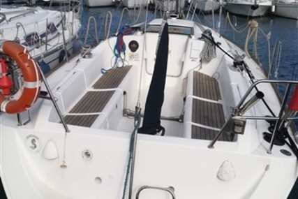 Beneteau First 33.7 for sale in Italy for €37,000 (£33,281)