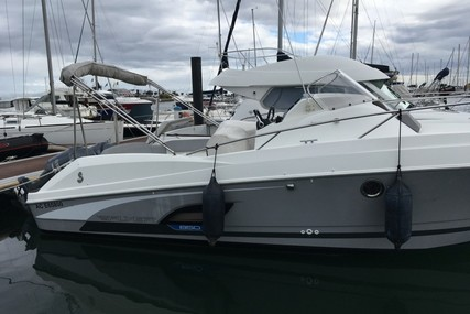 Beneteau Flyer 850 Sundeck for sale in France for €59,500 (£52,708)