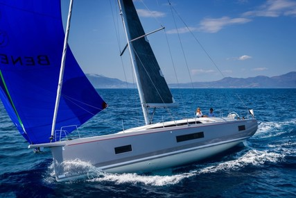 Beneteau Oceanis 461 for sale in France for €320,000 (£285,470)