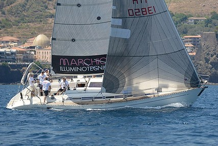 Elan 431 for sale in Italy for €58,000 (£52,026)