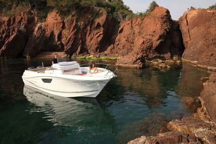 Jeanneau Cap Camarat 8.5 CC for sale in France for €53,000 (£47,560)
