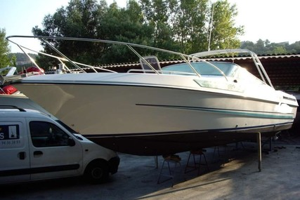 Couach 950 Day Cruiser for sale in France for €25,000 (£22,487)