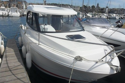 Beneteau Antares 680 HB for sale in France for €34,900 (£29,981)
