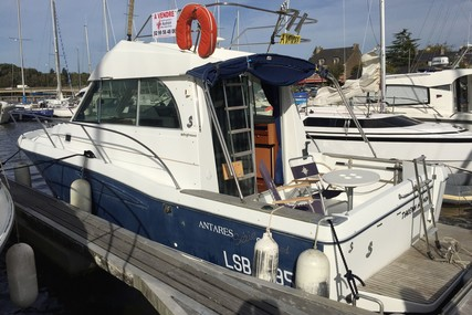 Beneteau Antares 9 for sale in France for €39,900 (£35,345)