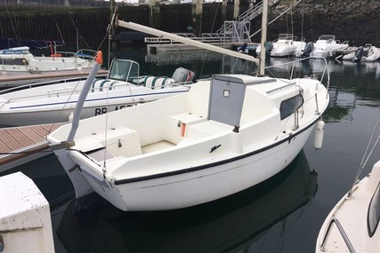 Beneteau Piranha Mk II for sale in France for €750 (£645)