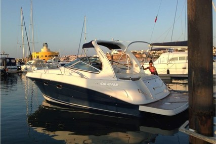 Four Winns Vista 298 for sale in Portugal for €84,000 (£71,054)