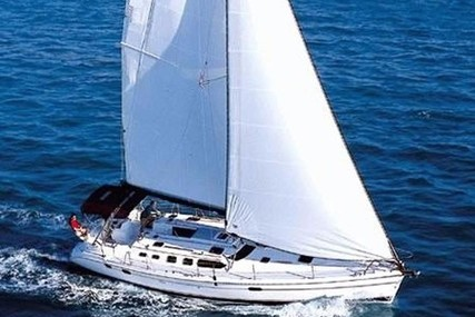 Hunter 466 for sale in Spain for €125,000 (£114,432)