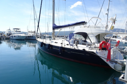 Beneteau Oceanis 473 for sale in France for €119,000 (£107,038)