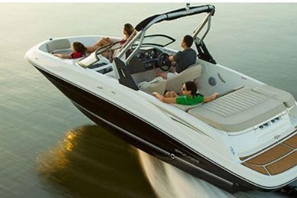 Bayliner VR5 Cuddy for sale in Germany for €47,900 (£41,430)