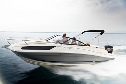 Bayliner VR5 Cuddy for sale in Germany for €52,900 (£48,307)