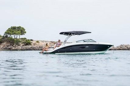 Sea Ray 270 SDX for sale in Germany for €142,900 (£130,493)