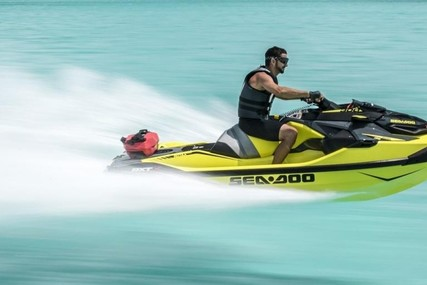Sea-doo RXT-X 300 -AUF LAGER for sale in Germany for €17,900 (£15,120)