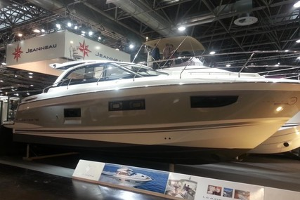 Jeanneau Leader 40 for sale in Germany for €310,233 (£279,049)