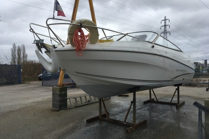 Jeanneau Cap Camarat 6.5 DC for sale in France for €37,900 (£33,732)