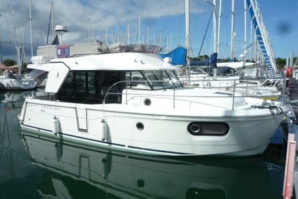 Beneteau Swift Trawler 30 for sale in France for €225,000 (£201,906)
