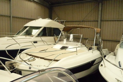 Beneteau Flyer 7.7 Sundeck for sale in France for €51,800 (£47,386)