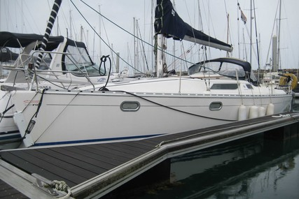 Jeanneau Sun Odyssey 32.1 for sale in France for €33,500 (£30,591)