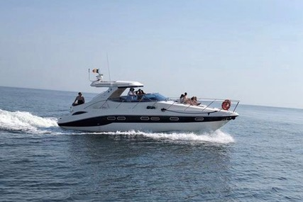 Sealine S41 for sale in Portugal for €120,000 (£106,302)