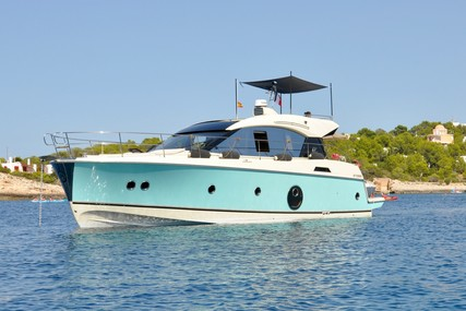 Beneteau MC 5 S for sale in France for €469,000 (£429,810)