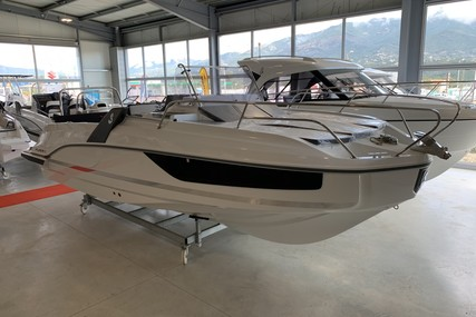 Beneteau Flyer 7.7 Sundeck for sale in France for €72,700 (£66,506)