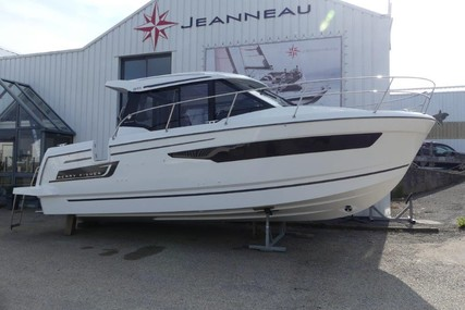 Jeanneau Merry Fisher 895 for sale in France for €125,000 (£112,126)