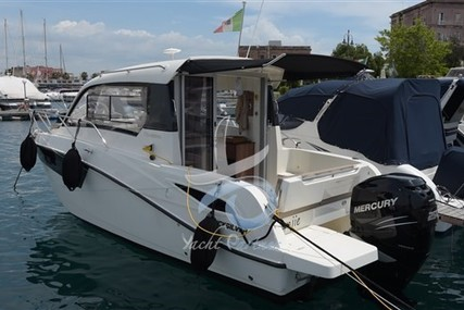 Quicksilver 755 Weekend for sale in Italy for €50,000 (£44,325)
