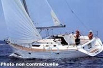 Jeanneau Sun Odyssey 42.2 for sale in Italy for €68,000 (£60,996)