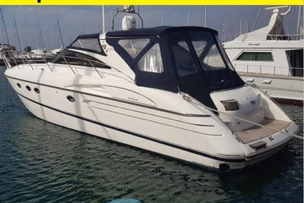 Princess V50 for sale in Italy for €175,000 (£157,237)