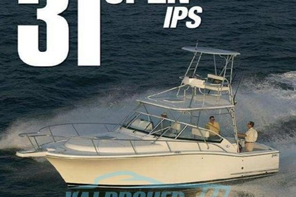 Luhrs 31 IPS open for sale in Italy for €99,000 (£87,886)