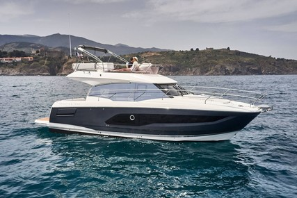 Prestige 420 for sale in France for €633,720 (£570,020)