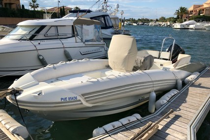 Zodiac 680 NZO for sale in France for €23,900 (£21,664)