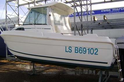 Jeanneau Merry Fisher 580 for sale in France for €8,000 (£7,196)