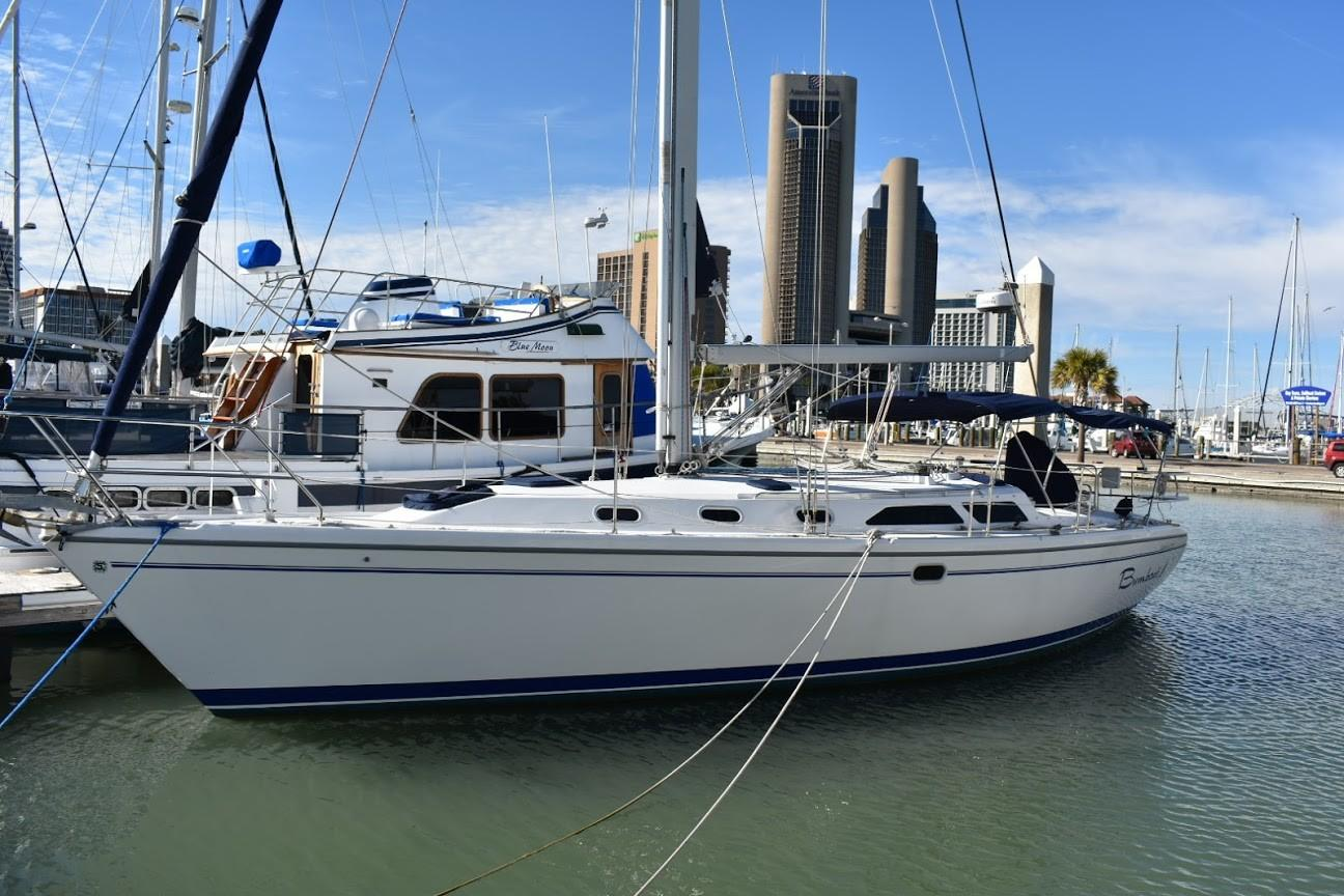 Catalina Yachts for Sale - New Used Sailboats, Small Boat