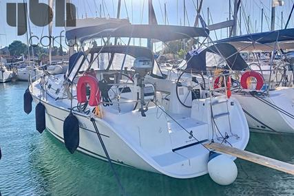 Beneteau Cyclades 393 for sale in Greece for €70,000 (£58,839)