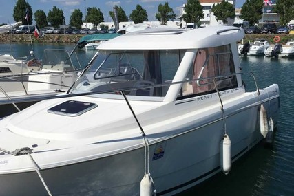 Jeanneau Merry Fisher 645 for sale in France for €22,500 (£19,361)