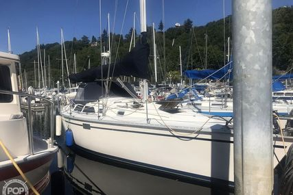 Hunter 37.5 Legend for sale in United States of America for $68,900 (£56,346)