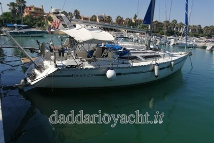 Jeanneau Voyage 12.50 for sale in Italy for €38,000 (£33,349)