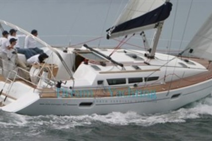 Jeanneau Sun Odyssey 42i for sale in Italy for €105,000 (£93,014)